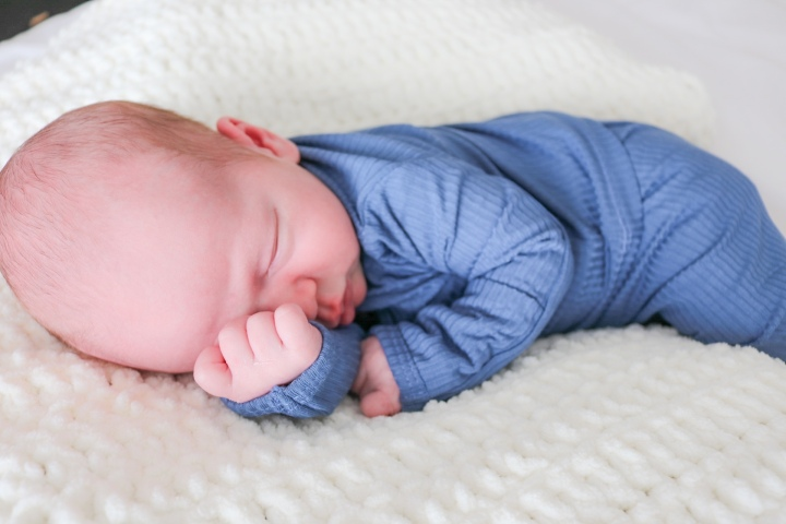 Johnathan Wade's Newborn Photos & Tips for Taking Your Own!